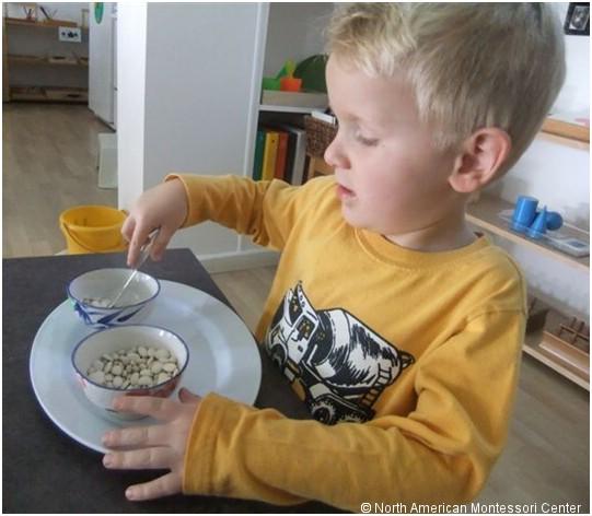 spooning grains
